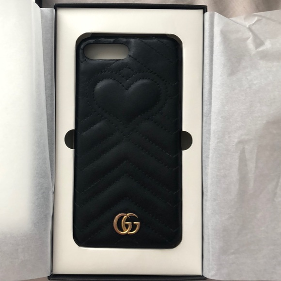 huge discount 9f0f3 97622 Gucci heart leather Iphone case
